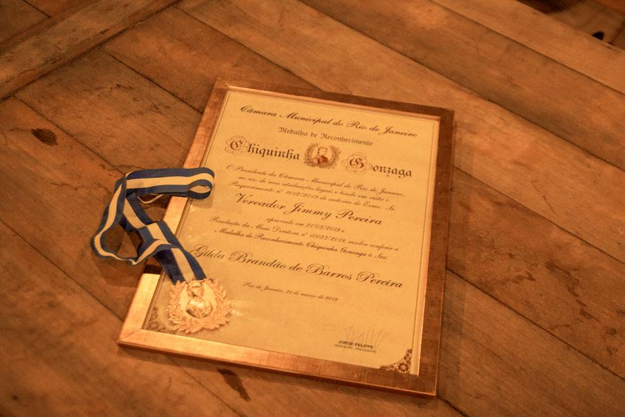 Gilda Pereira é homenageada pela Câmara Municipal do Rio com a medalha Chiquinha Gonzaga